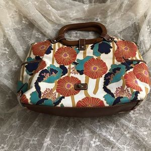 Relic flowered purse